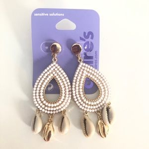Claire's Gold tone Teardrop Seashell Drop Earrings
